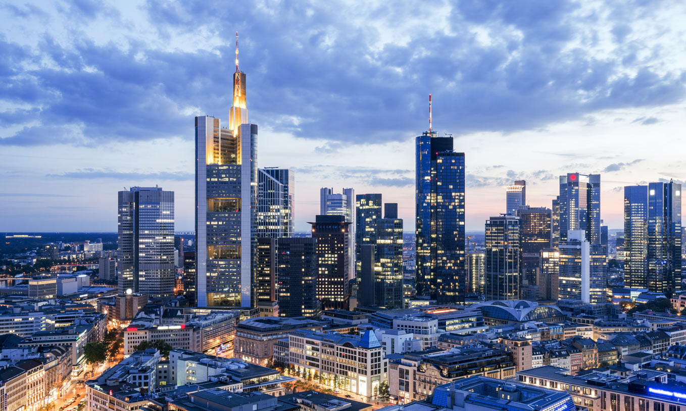 [Translate to English:] ABG Real Estate Group Frankfurt Skyline